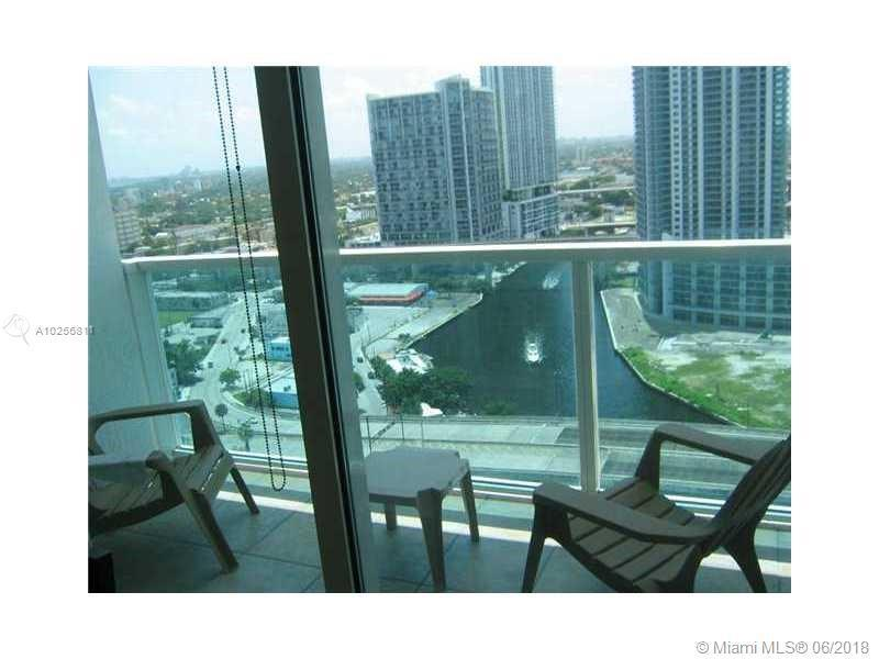 For Sale at  31 SE 5Th St #2003  Miami  FL 33131 - Brickell On The River - 1 bedroom 1 bath A10256811_4