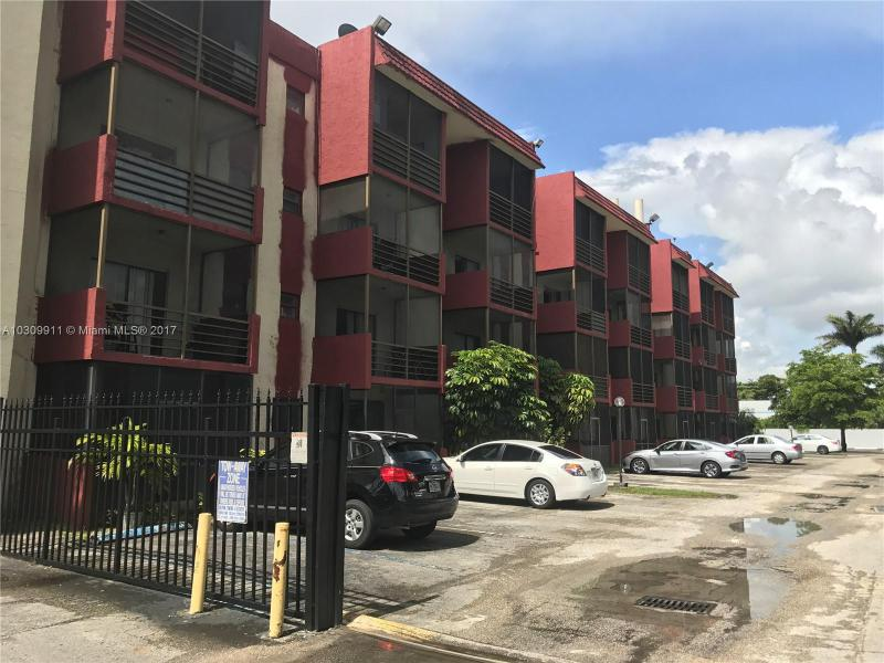 13500 NE 3rd Ct  Unit 116 North Miami, FL 33161-3643 MLS#A10309911 Image 2