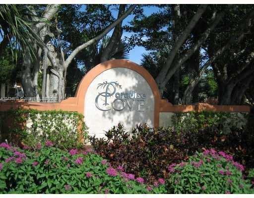 1183  THE POINTE DRIVE  Unit 1183, West Palm Beach, FL 33409-