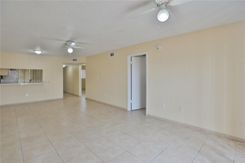 9911 W Okeechobee Rd  Unit 1, Hialeah Gardens, FL 33016-3100