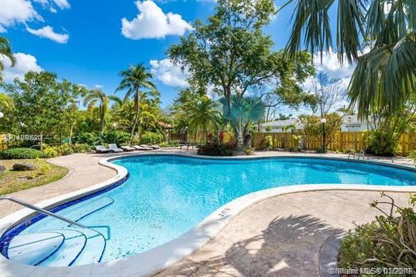 13245 SW 74th Ave , Pinecrest, FL 33156-6820