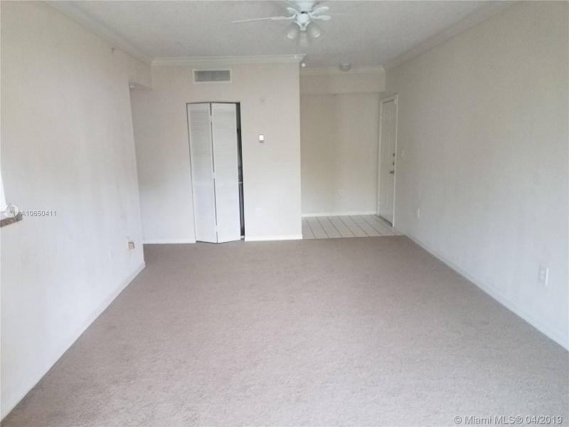 11601 SW 2nd St 21208, Pembroke Pines, FL, 33025