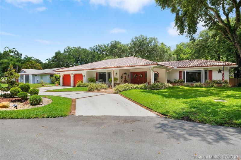 3861 SW 56th Ct,  Fort Lauderdale, FL