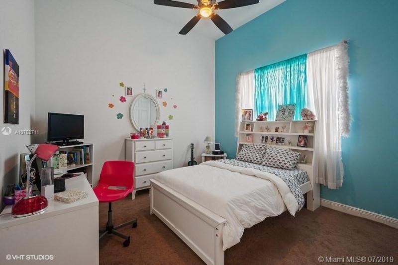 8342 NW 28th St, Cooper City, FL, 33024