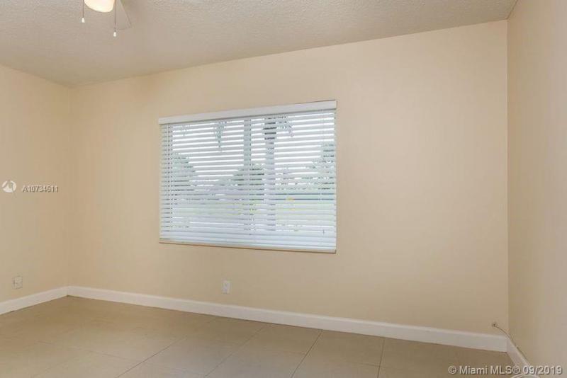 1030 SW 81 TER, North Lauderdale, FL, 33068