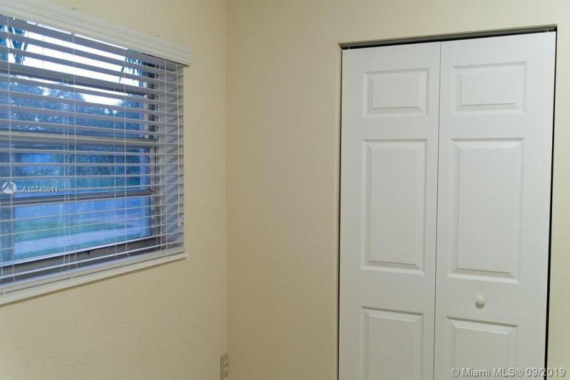 17135 NW 78th Ct, Hialeah, FL, 33015