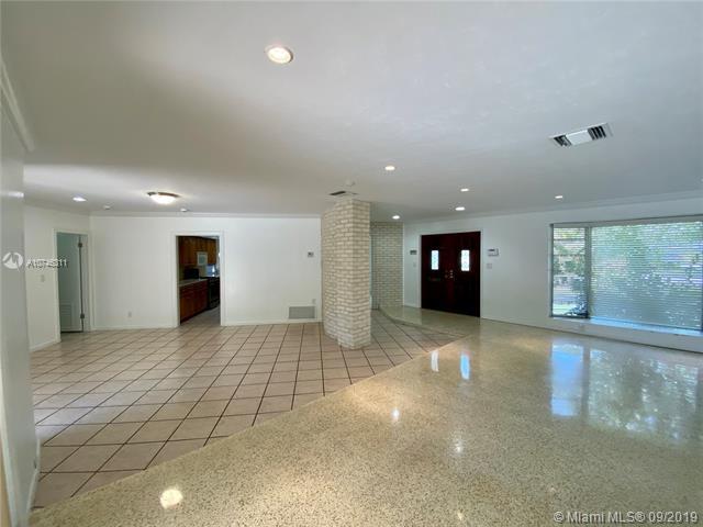 8720 SW 155th St, Palmetto Bay, FL, 33157
