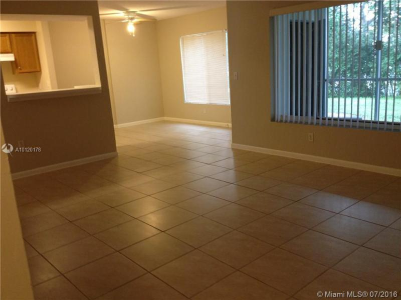 Boynton Beach Condo/Villa/Co-op/Town Home A10120178