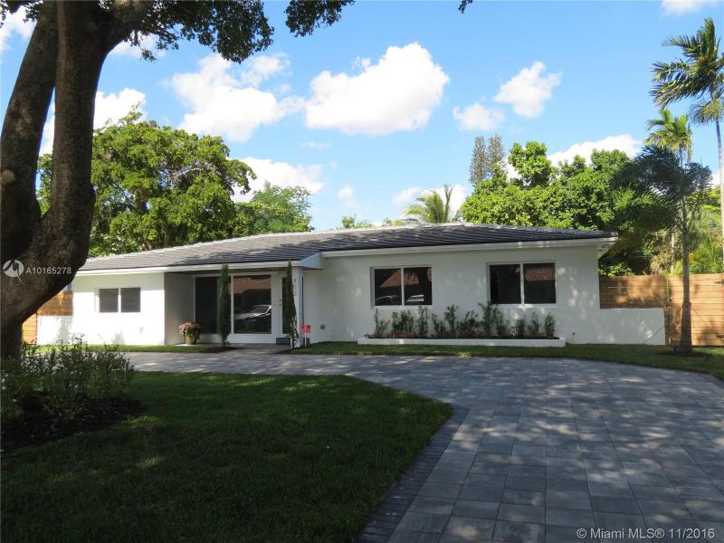 For Sale at 455 NW 88Th Ter El Portal  FL 33150 - Glendale Manor - 4 bedroom 2 bath A10165278_1