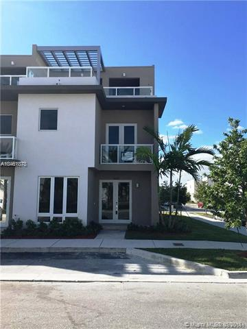 Photo of 10526 NW 66th Street, Doral, FL 33178