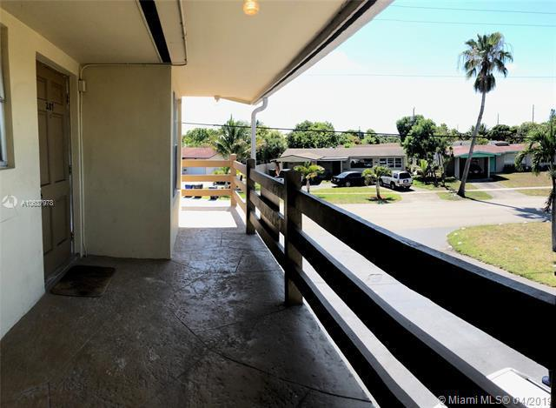 2851 Somerset Drive, Lauderdale Lakes FL 33311-