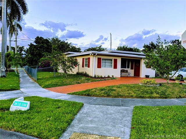 6446 SW 15th St , West Miami, FL 33144-5632