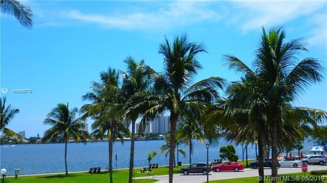 410 6th Street, Lake Park FL 33403-