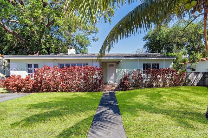 152 NW 103rd St , Miami Shores, FL 33150-1236