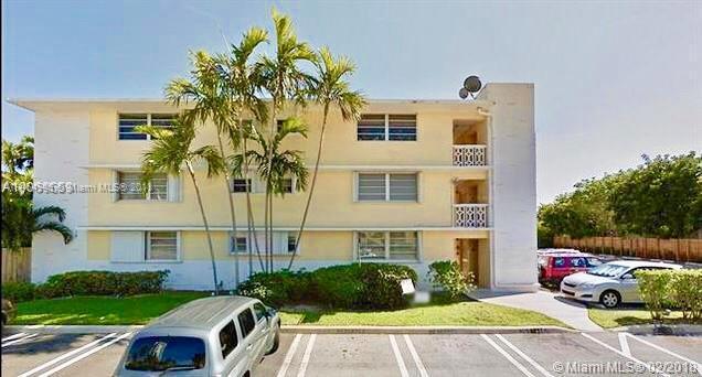 1043  94th St , Bay Harbor Islands, FL 33154-2382