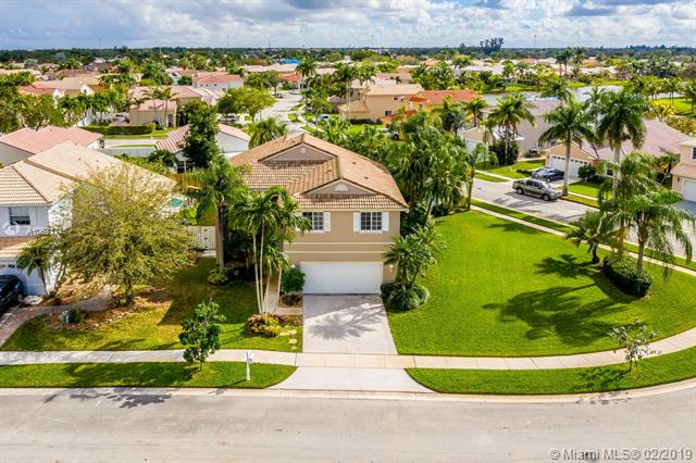 1151 NW 185th Ave , Pembroke Pines, FL 33029-3642