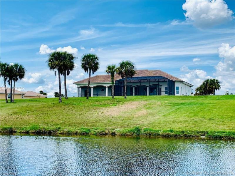 2412 River Way, LABELLE, FL, 33935