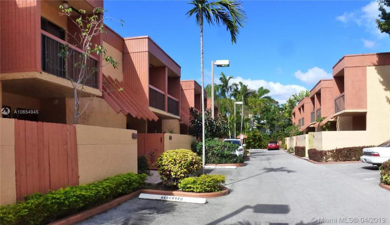 , Coral Gables in Miami-Dade County, FL 33133 Home for Sale