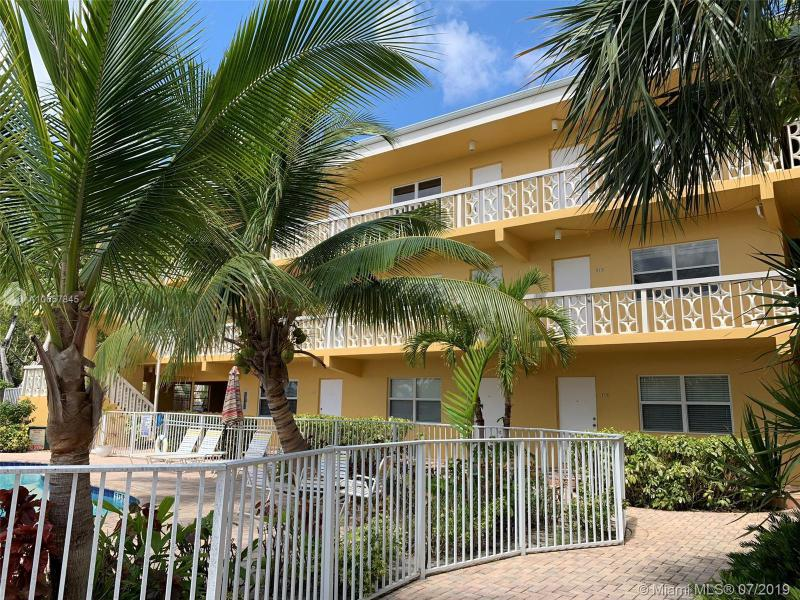 815 Middle River Dr 316, Fort Lauderdale, FL, 33304