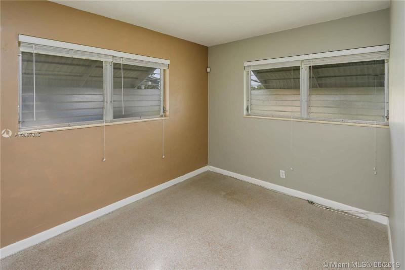 4750 NE 5th Ave, Oakland Park, FL, 33334