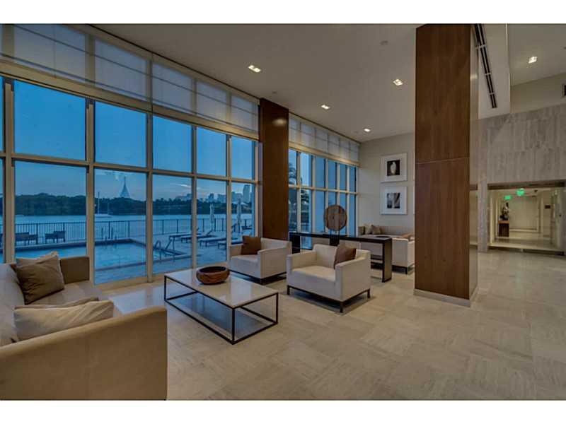A2136045 | 1000 Venetian Way, Unit 1008, Miami Beach FL 33139