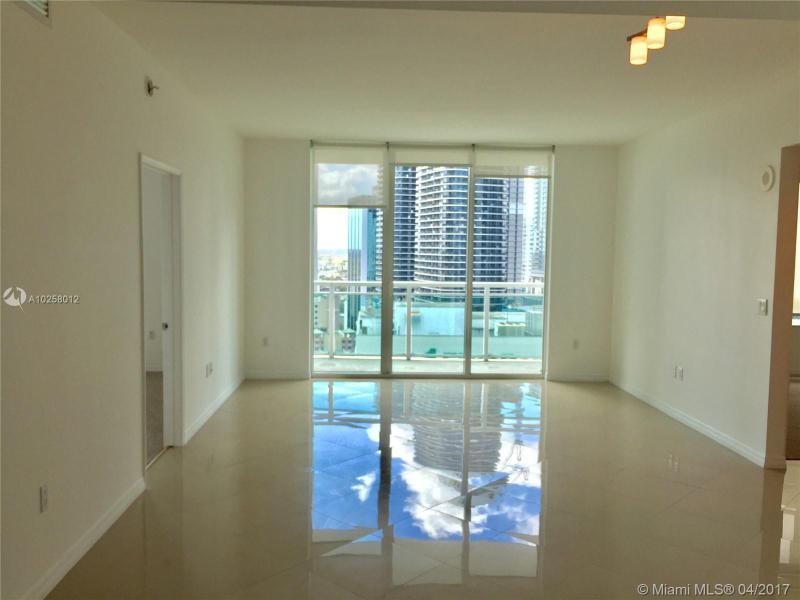 Real Estate For Rent 951   Brickell Ave #2105  Miami  FL 33131 - The Plaza 901 Brickell