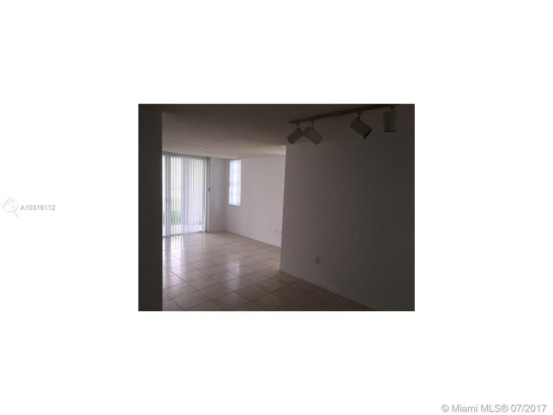 8205 Lake Drive  Unit 204, Doral, FL 33178