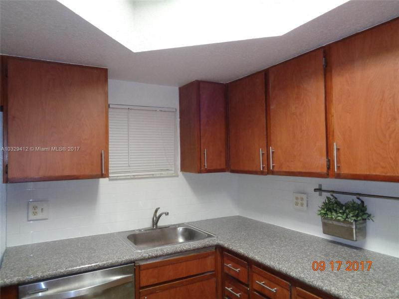 5112 NW 79th Ave  Unit 103, Doral, FL 33166-4721