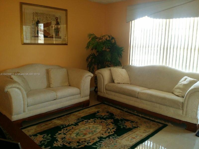 Imagen 1 de Single Family Florida>Miami Gardens>Miami-Dade   - Sale:318.000 US Dollar - codigo: A10429812