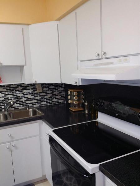 Imagen 4 de Single Family Florida>Miami Gardens>Miami-Dade   - Sale:318.000 US Dollar - codigo: A10429812