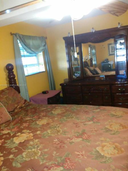 Imagen 5 de Single Family Florida>Miami Gardens>Miami-Dade   - Sale:318.000 US Dollar - codigo: A10429812