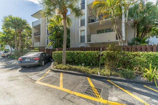 6884 N Kendall Dr  C202, Coral Gables in Miami-Dade County, FL 33156 Home for Sale