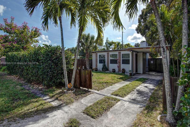 1724 SW 11th St , Fort Lauderdale, FL 33312-3206
