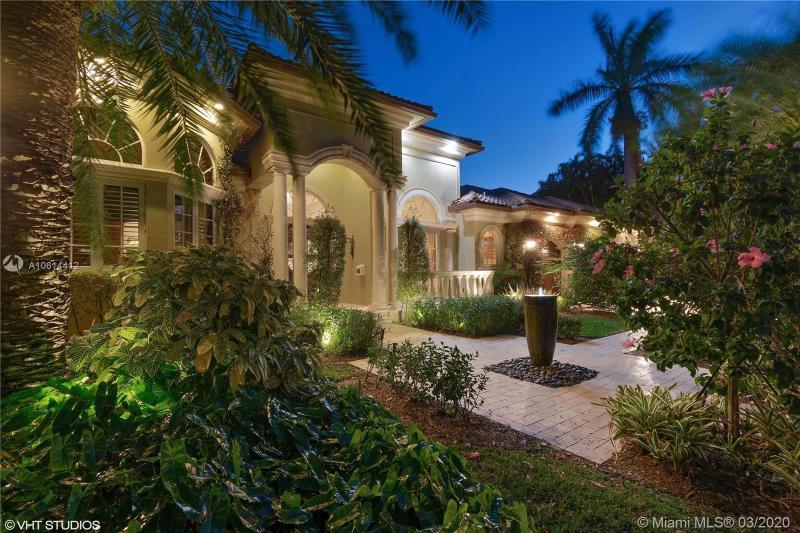 2748 NE 17th St, Fort Lauderdale, FL, 33305