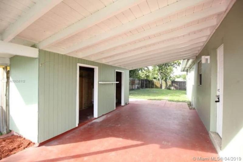 2631 SW 18th St, Fort Lauderdale, FL, 33312