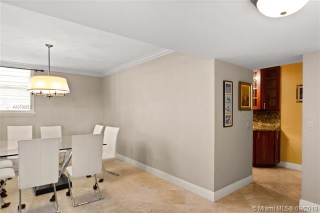 90 Edgewater Dr 604, Coral Gables, FL, 33133