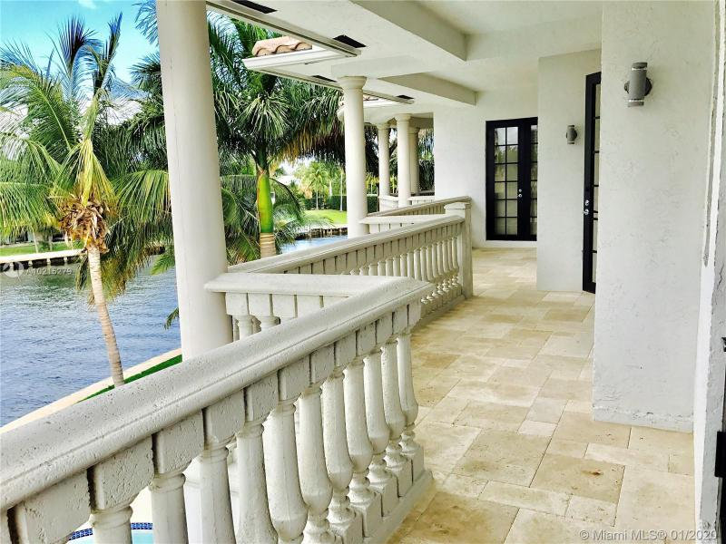 For Sale at  238 S Island Dr Golden Beach  FL 33160 - 35 51 42 & 2 52 42 Golden - 7 bedroom 7 bath A10215279_3