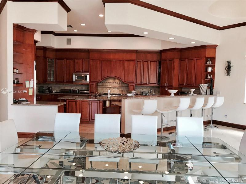 For Sale at  238 S Island Dr Golden Beach  FL 33160 - 35 51 42 & 2 52 42 Golden - 7 bedroom 7 bath A10215279_6