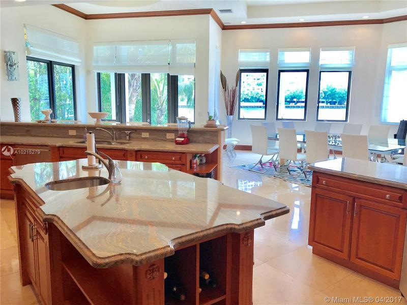 For Sale at  238 S Island Dr Golden Beach  FL 33160 - 35 51 42 & 2 52 42 Golden - 7 bedroom 7 bath A10215279_8
