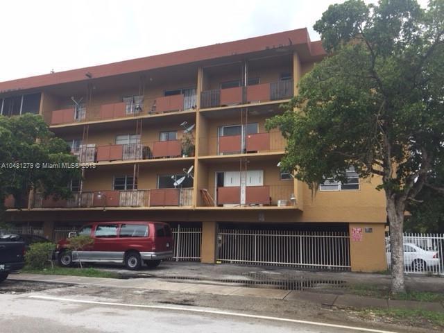 160 NE 203rd Ter  Unit 32, Miami Gardens, FL 33179-2372