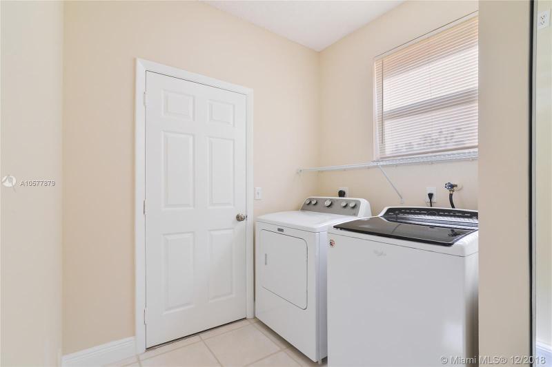 1514 NW 158th Ave, Pembroke Pines, FL, 33028