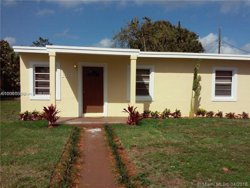 4504 NW 195th St , Miami Gardens, FL 33055-2137