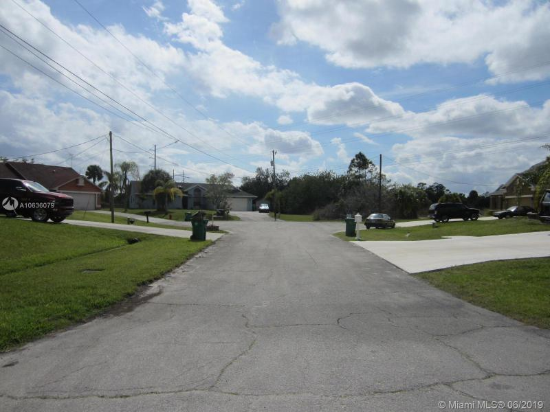 2121 SW Vixen Ct, Port St Lucie, FL, 34953