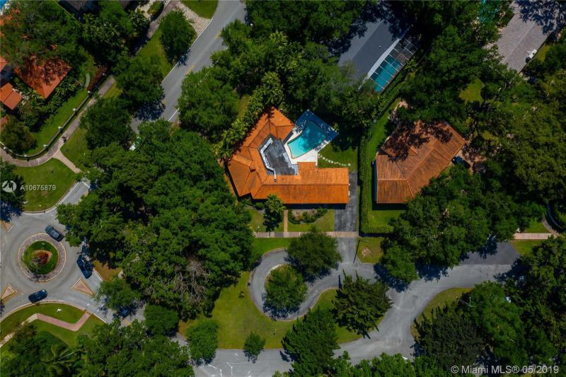 901 Hardee Rd, Coral Gables, FL, 33146