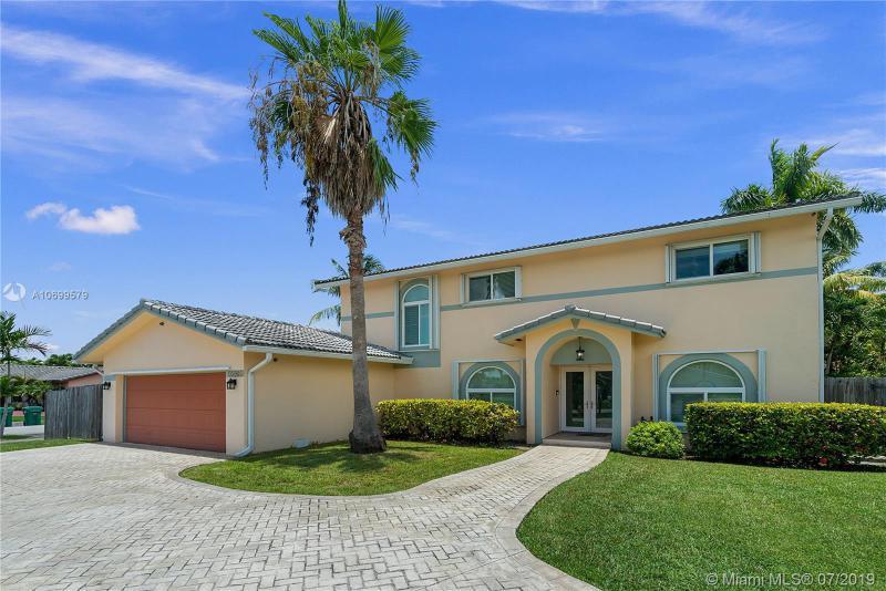 13981 SW 158 Street,  Miami, FL