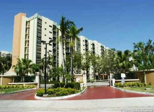 17021 N Bay Rd 820, Sunny Isles Beach, FL, 33160