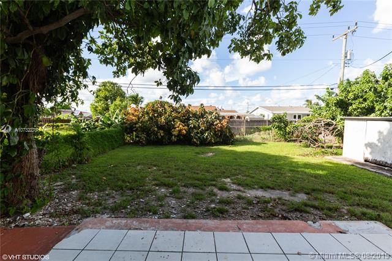 1475 W 31st St, Hialeah, FL, 33012