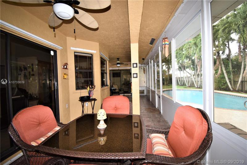 20301 NW 3rd St, Pembroke Pines, FL, 33029