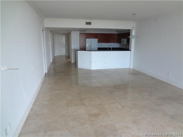 North Miami Residential Rent A10123346