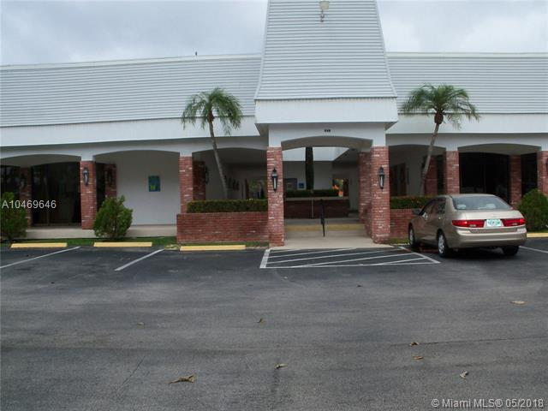 505 E DANIA BEACH BLVD 4-2 i, Dania Beach, FL, 33004